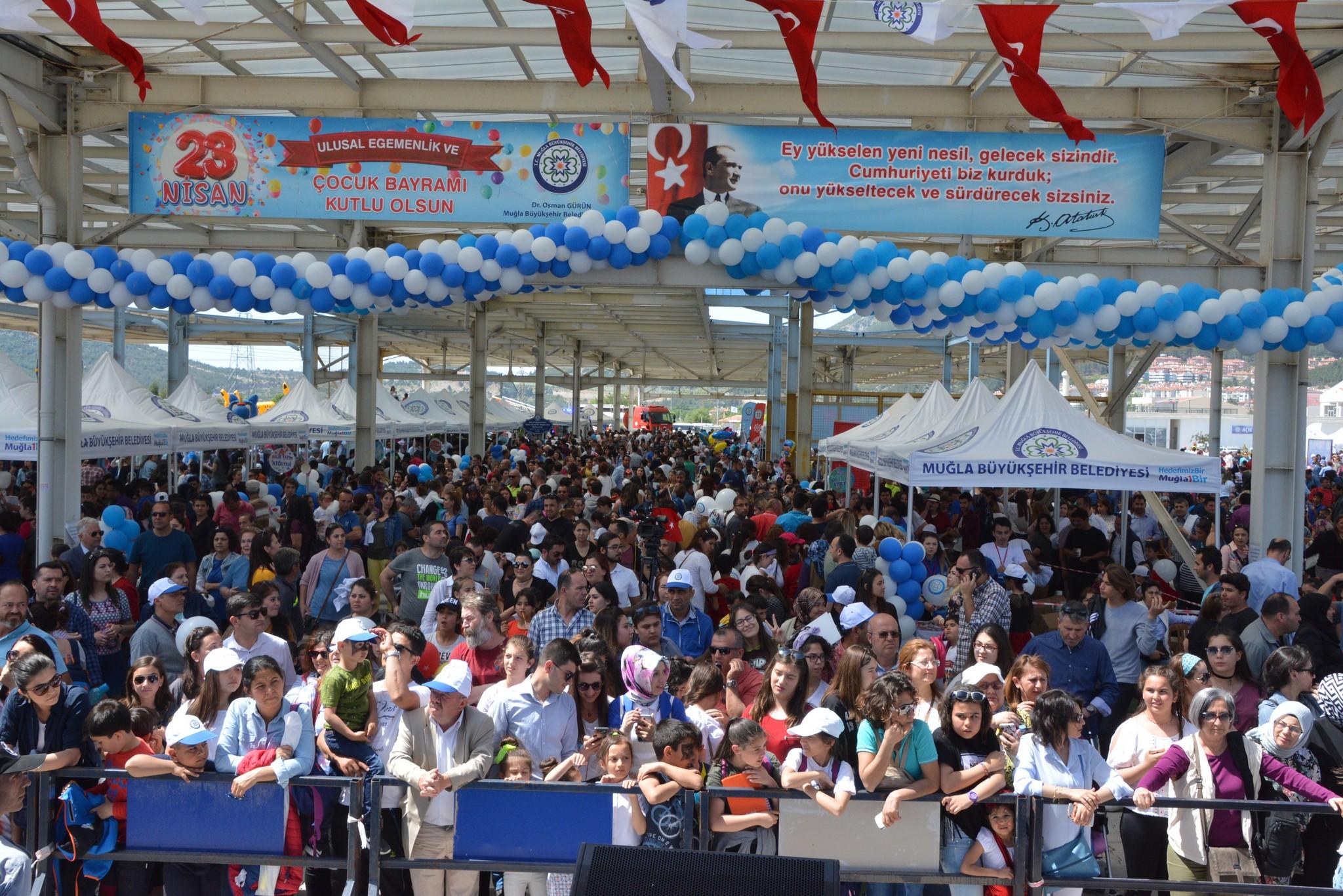 Kutlamalar ve yarışmalar sırasında çocuklar için aday olanlar